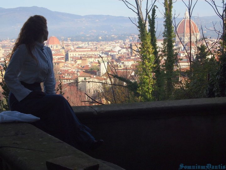 LUCY IN FLORENCE